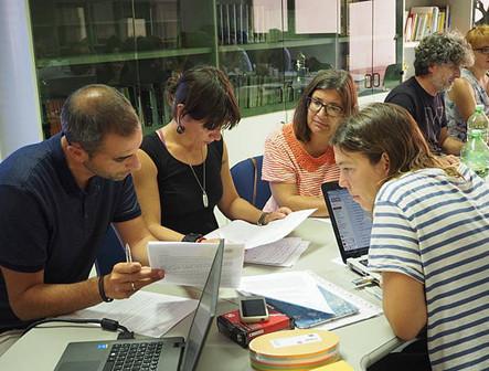 Formación para analistas europeos de información no financiera: Proyecto CENOFIA