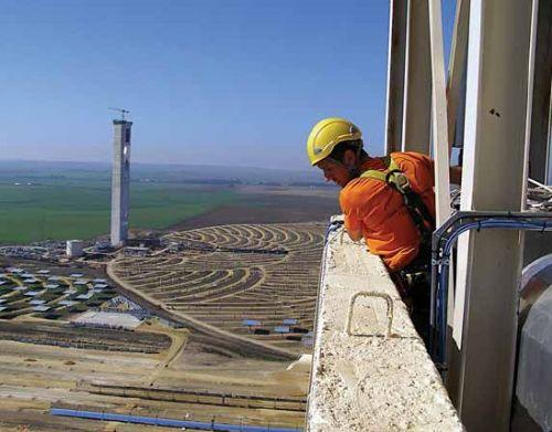 ¿Hacia una regulación laboral del sector de las energías renovables?